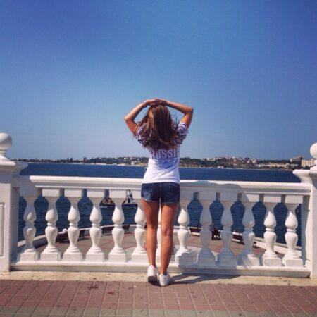 Nadia dispo pour une aventure sensuelle a Cannes