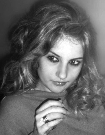 Dania, 25 cherche un dial sympa