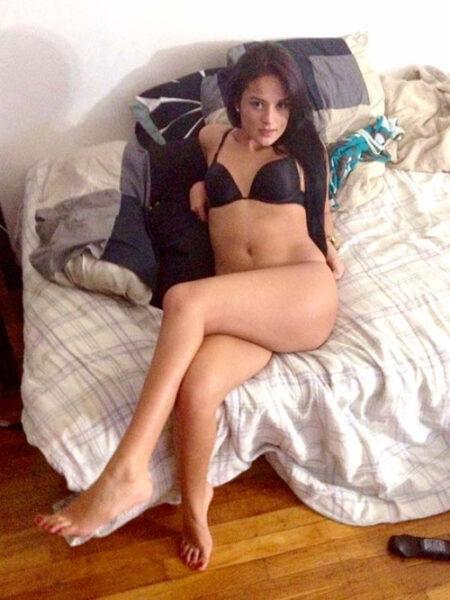 rencontre sexe avec Feryel, belle chaudasse sexy a Courbevoie