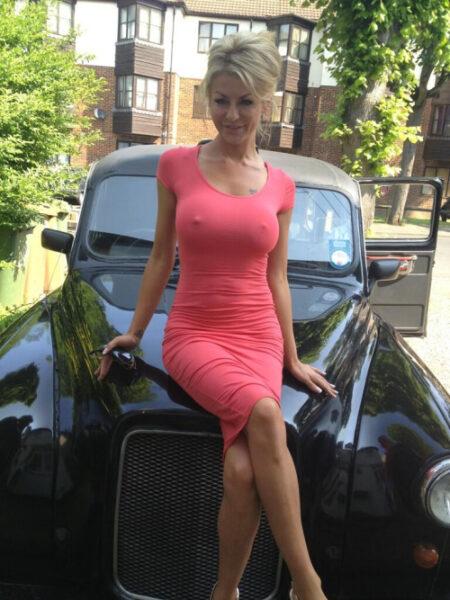 Oliwia je suis sur ce site de plan cul gratuit pour rencontre un homme compréhensif, aimant et surtout célibataire