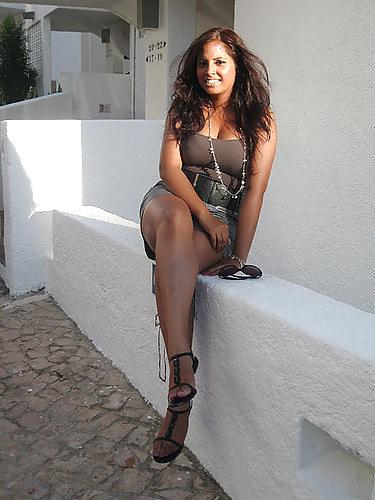 Naomi cherche une rencontre sensuelle